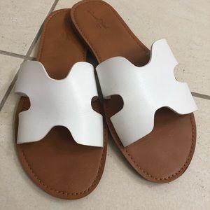White Universal Thread Slide Sandals